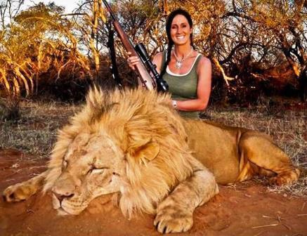 Melissa Bachman_lion