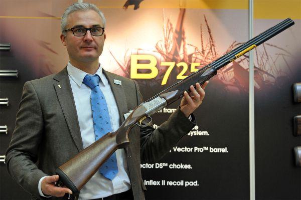 Browning-B725-cal20_2014