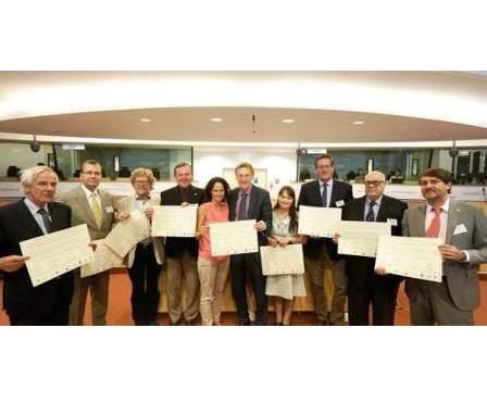 Caçadores europeus aderem à plataforma europeia para ajudar na resolução dos conflitos sobre os grandes carnívoros