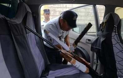 GNR detém oito caçadores e apreende 30 armas de fogo
